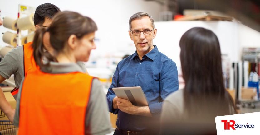 Como a TR Service auxilia uma empresa dentro do contexto de logística?